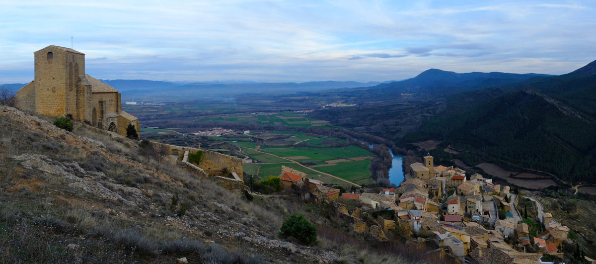 Pamplona-Castillos-del-Reyno-bike-route-Gallipienzo-Panorama