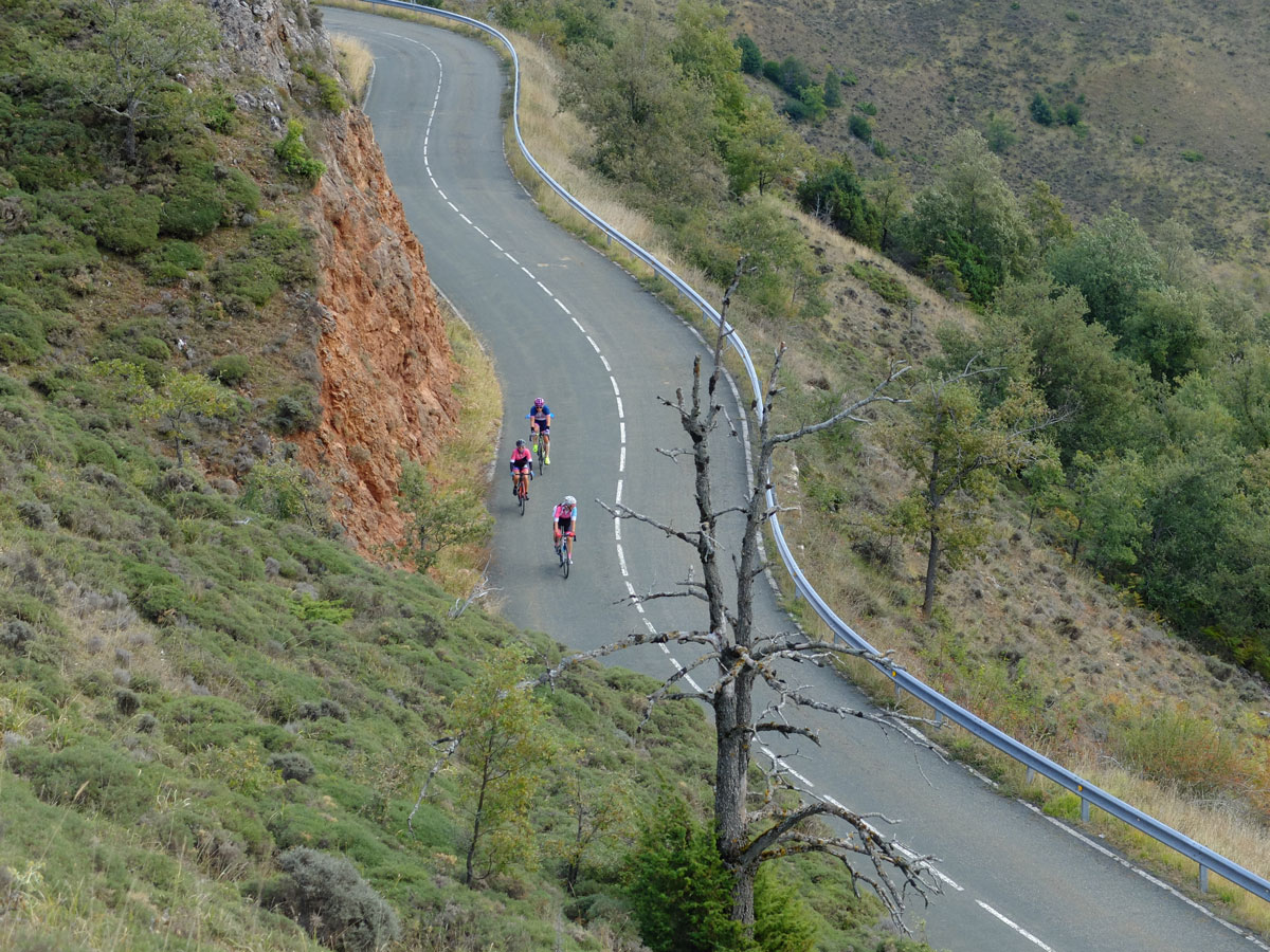 Girls-Cycling-Experience-La-Rioja-Road-Etapa-1-5