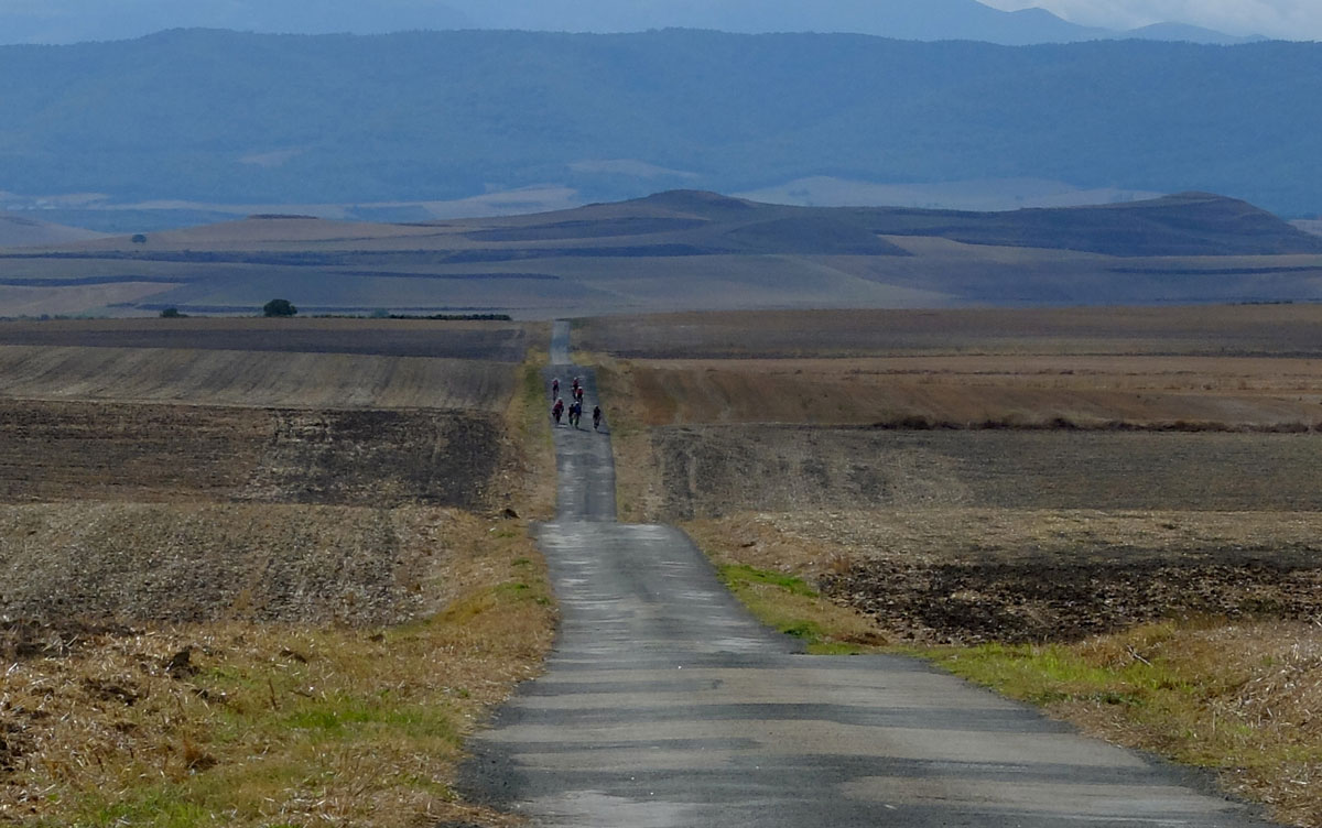 Girls-Cycling-Experience-La-Rioja-Road-Etapa-1-12