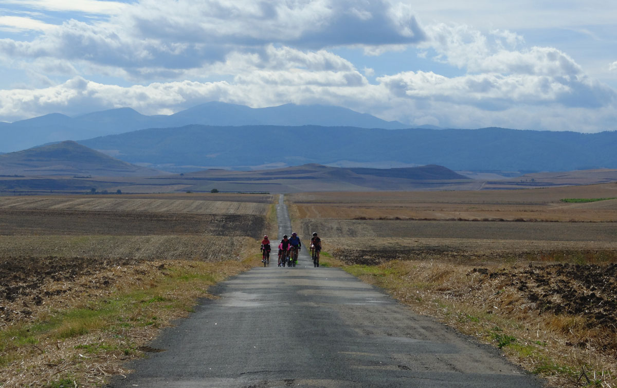 Girls-Cycling-Experience-La-Rioja-Road-Etapa-1-13