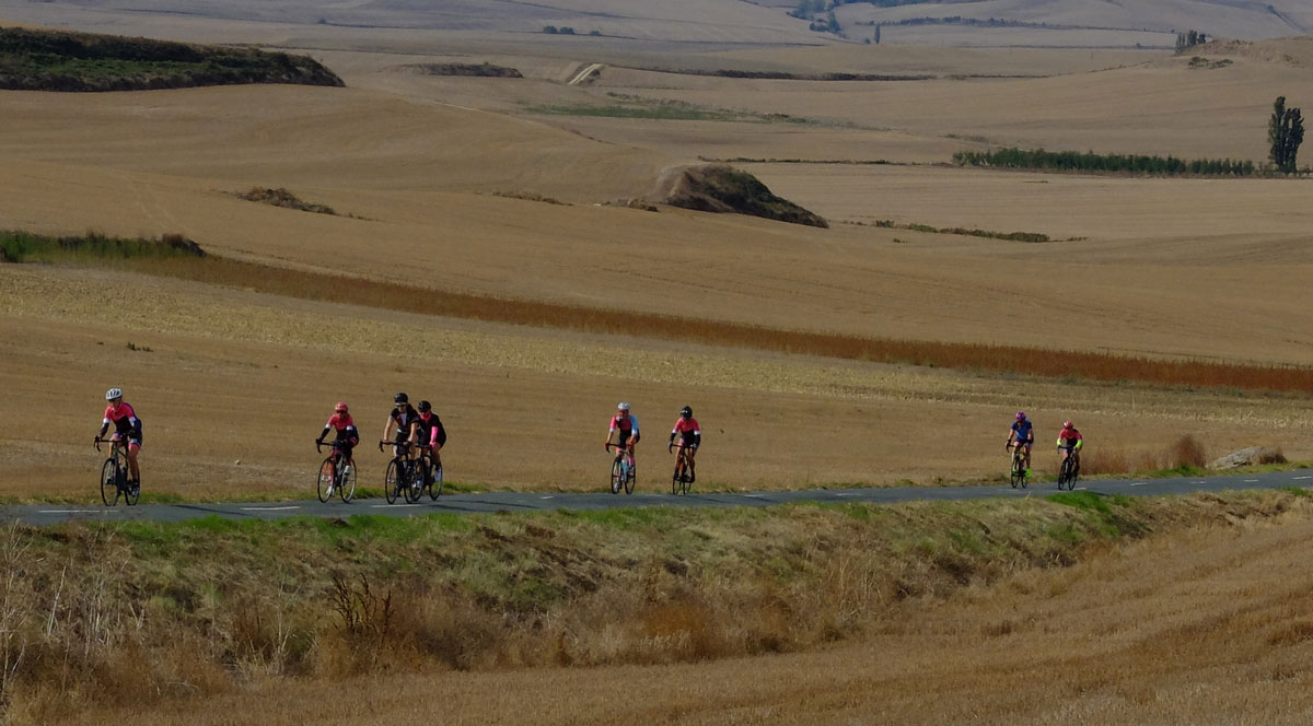 Girls-Cycling-Experience-La-Rioja-Road-Etapa-1-17