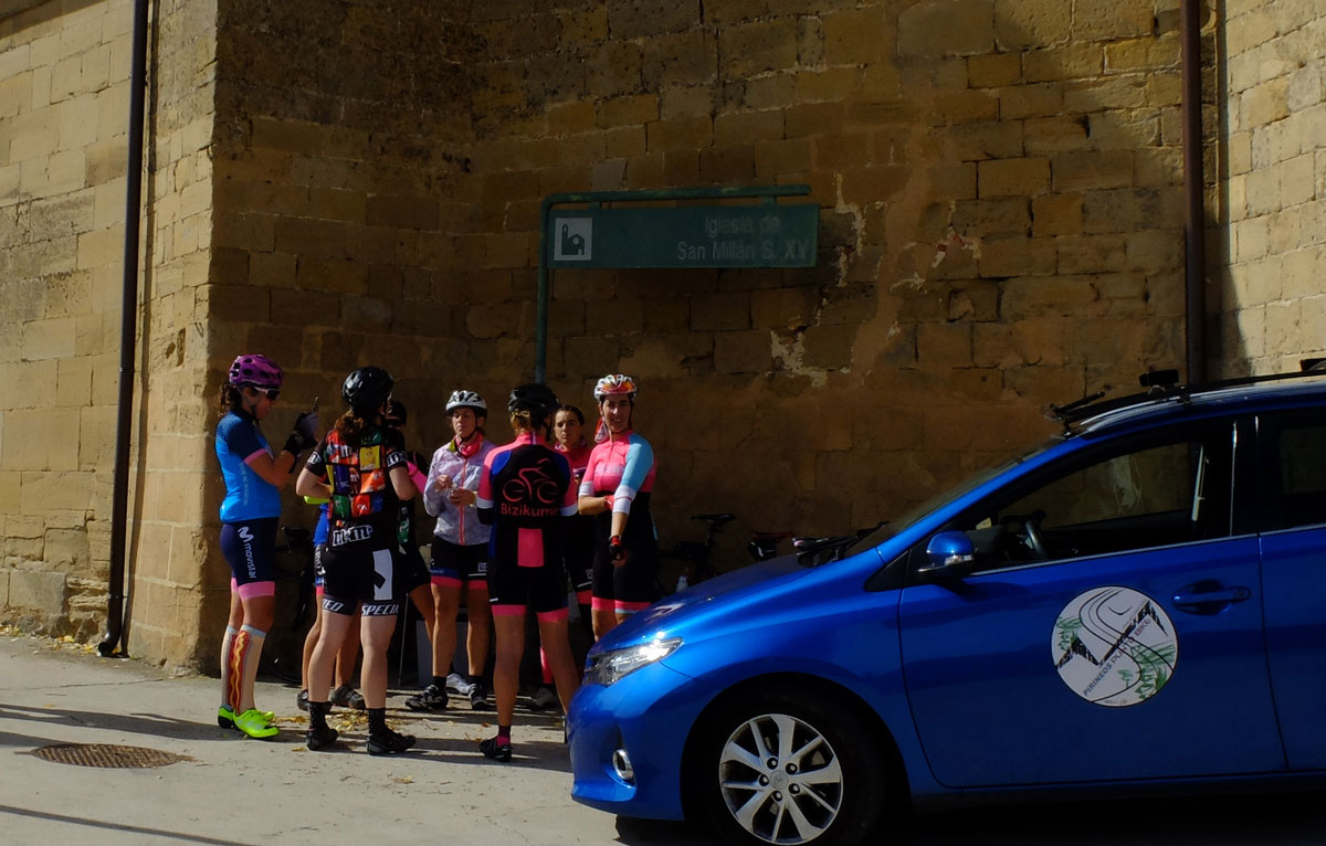Girls-Cycling-Experience-La-Rioja-Road-Etapa-1-21