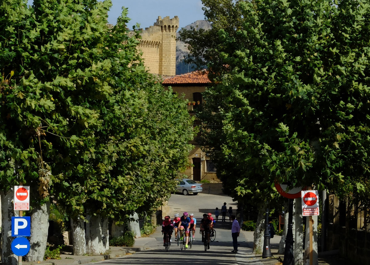 Girls-Cycling-Experience-La-Rioja-Road-Etapa-1-22