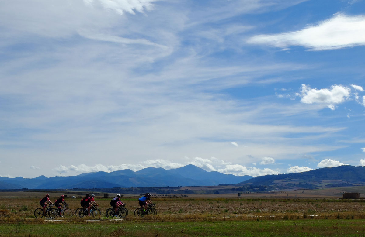 Girls-Cycling-Experience-La-Rioja-Road-Etapa-1-24