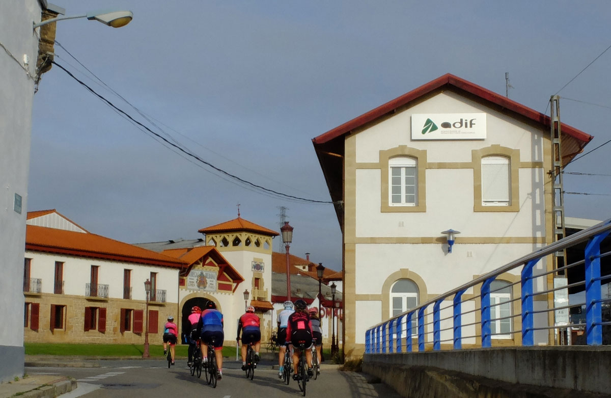 Girls-Cycling-Experience-La-Rioja-Road-Etapa-2-1