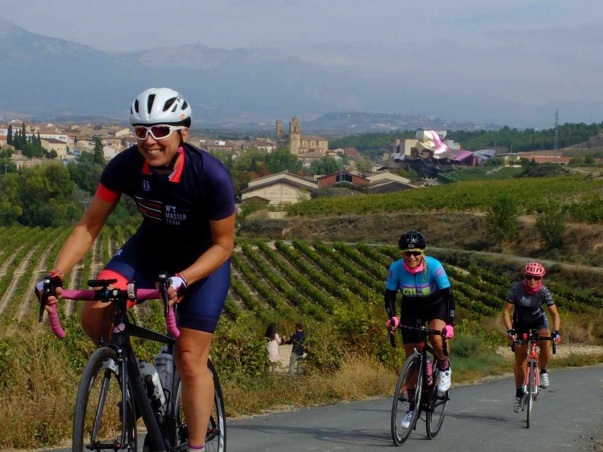 Girls-Cycling-Experience-La-Rioja-Road-Etapa-2-
