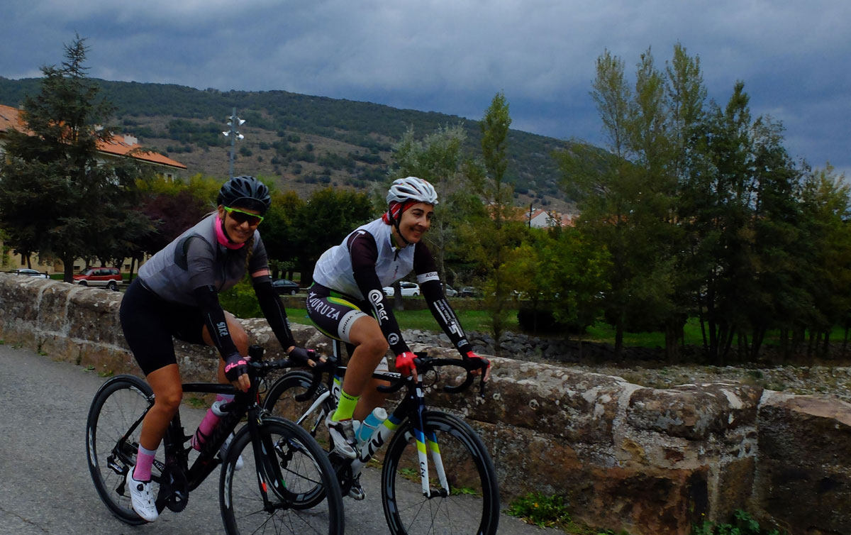 Girls-Cycling-Experience-La-Rioja-Road-Ezcaray-Etapa-3-1