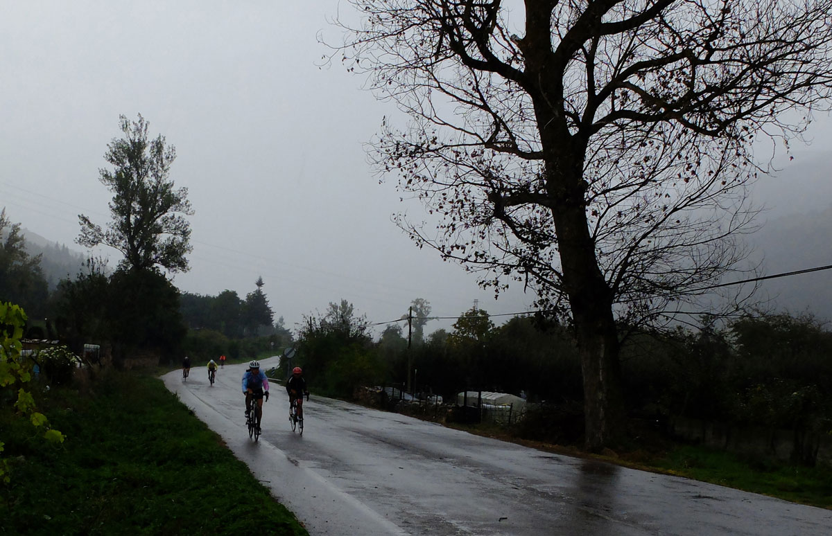 Girls-Cycling-Experience-La-Rioja-Road-Ezcaray-Etapa-3-6