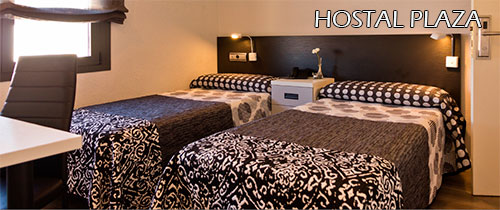 Hostal-Plaza-room