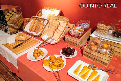Hotel-Quinto-Real-breakfast
